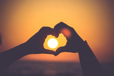Sun in love